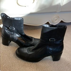 Clark's black leather boots.